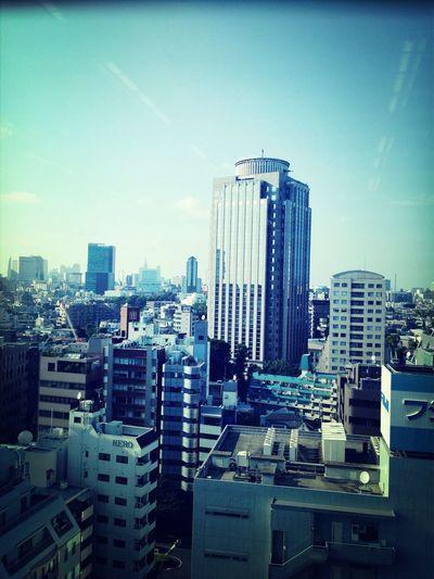 高いビルの上で働く。 First Eyeem Photo