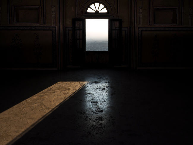 Architecture Dark Day Indoors  No People Reflctions Reflection Shadow Sun Window