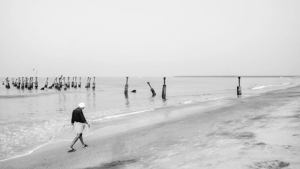 Adult Beach Beauty In Nature Black And White Blackandwhite Day Horizon Over Water Mobilephotography Monochrome Monochrome Photography Nature Nexus 5x One Person Outdoors People Sea Sky Water Streetphotography Fine Art Street Photography Fineart Streetphoto_bw Fineart_photobw