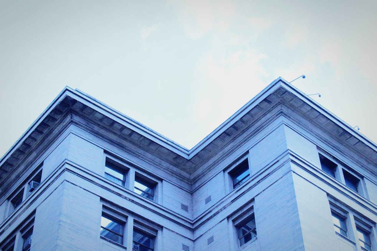 low angle view, architecture, built structure, building exterior, no people, sky, day, outdoors