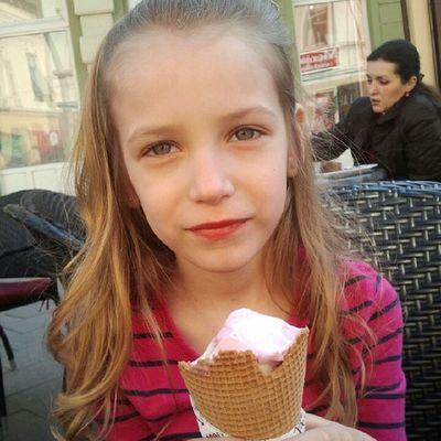 Jedemo sladoled Icecream Mia Ilovezr Spring