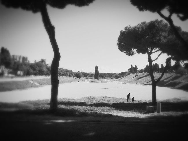 ... or the Circus Maxima in black and white ??? What is your opinion !? Traveling Rom Roma Rome Circus Maximus Cityexplorer Travel Photography Smartphone Photography Monochrome Photography Blackandwhite Tourism Blackandwhite Photography Siteseeing Lovethisplace This Is Roma Day Outdoors Real People Site Seeing Fernweh Embrace Urban Life