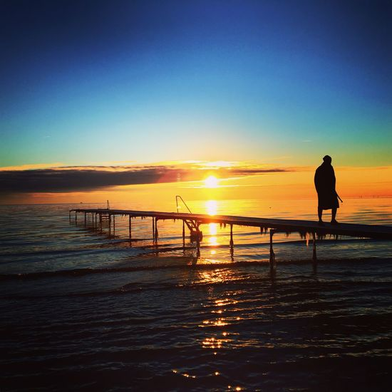 Off the jetty Check This Out Jetty Hello World Sunrise Sun Denmark Winter Wonderland Taking Photos