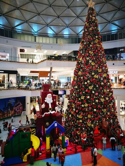 Alta plaza mall