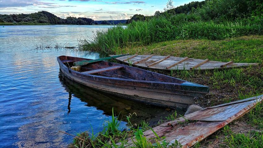 old boat River Riverside River View August2018 Travel Nature Lt Water Nautical Vessel Beach Moored Fishing Net High Angle View Sky Fishing Equipment Boat Fishing Boat Calm Water Vehicle Longtail Boat