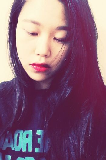 Selfie Red Lipstick Anna Sui num. 401/ Need A Haircut ..