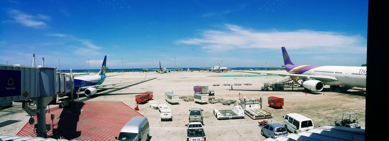 Plane Planes Airplane Landing Landing Stage Phuket,Thailand Phuket Airport EyeEm Thailand Panorama