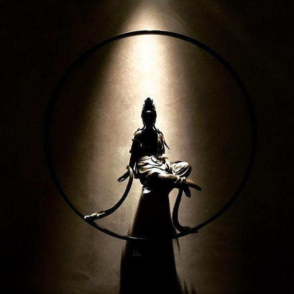 Buddha of shadow Noir&blanc Blackandwhite Photography Theshardlondon Hutong Silhouette Silence