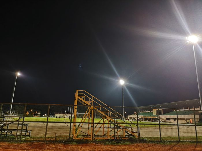 stadium Illuminated Light Beam Stadium Floodlight Competition Soccer Field Moon Star - Space Lens Flare Oil Pump