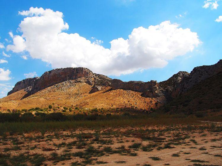 Mountain Man Landscape Mountain SPAIN Andalucía Elchorro Caminito Del Rey Cloud Sky Enjoying Life EnjoyHoliday Photographercouple Unforgettable Wandern Nomansland