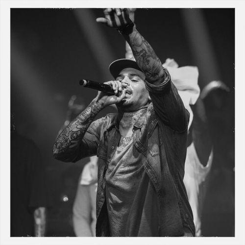 Du rêve. Enjoying Life Chris Brown BREEZY Cannes