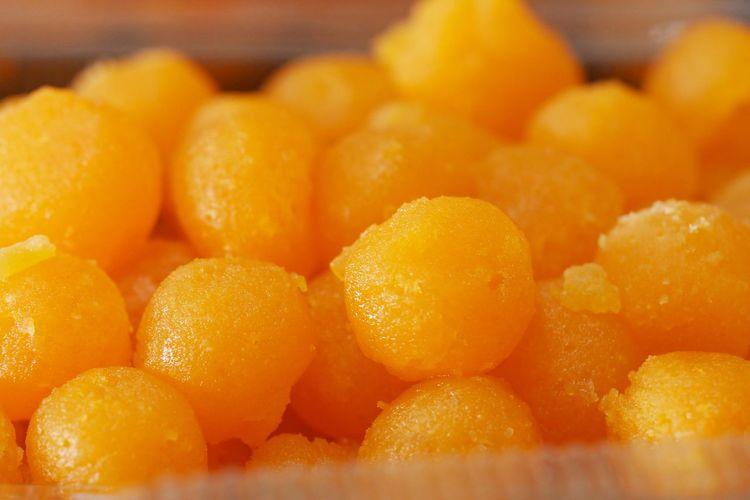 Close-up of fresh orange