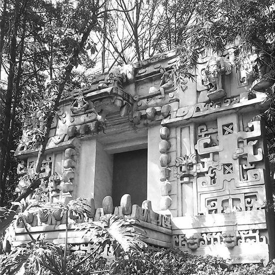 Museo Antropologia Cultura Tumuseofavorito Mnantropologia MUSEODEANTROPOLOGIAEHISTORIA Reviviendolacultura Monocromex