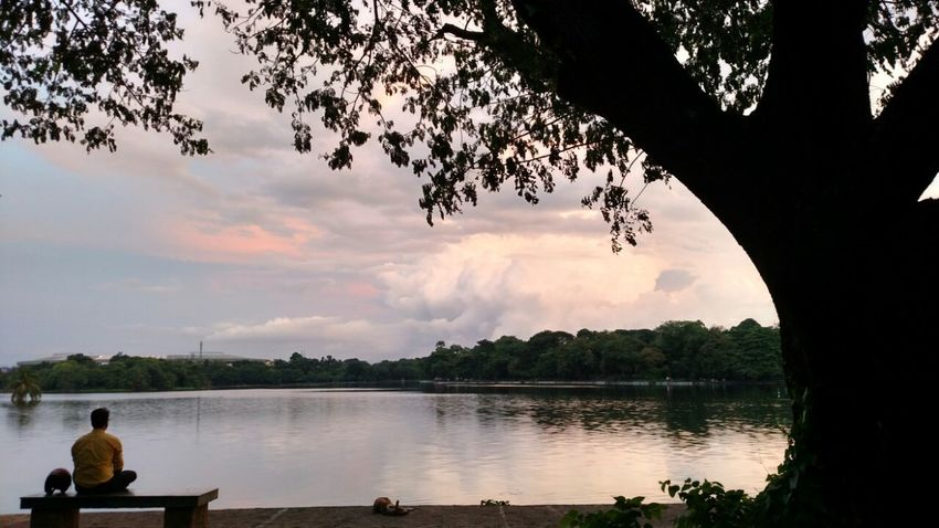 Sunset Tranquil Scene Lake Rear View Cloud - Sky Beauty In Nature Taking Photos Dramatic Angles EyeEm Gallery People And Places Eyeemphoto Indianstories Check This Out EyeEm Natue Lover Eyeem Galery Nature Dramatic Angle Loner Lost In The Landscape