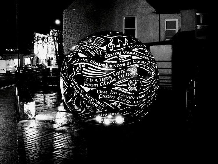 Lightball Illuminated Night Streetdecoration