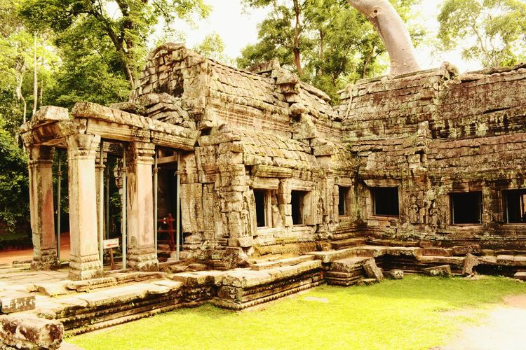 Archaeology Ruins Classic Angkor Wat Cambodia Tombraider Historic Site Ancient Architecture Cambodia Tour Sunny