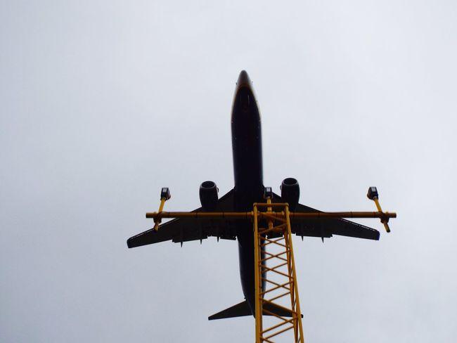 Airport Plane Landing Lights Ground Landing Lights Aircraft Airplane AirPlane ✈ Manchester Airport Plane Airport Silouette & Sky Silhouette Tourism Minimalist Architecture