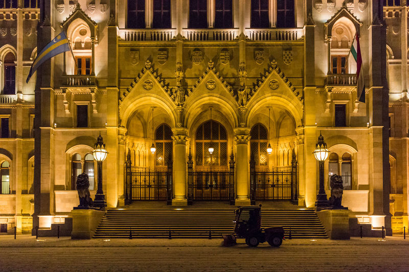 Plowing the snow in front of the Parliament Building. Architecture Budapest Building Exterior Built Structure Façade Famous Place Historic Horizontal Symmetry Hungary It's Cold Outside Night Photography Ornate Snow Snowplow Symmetry