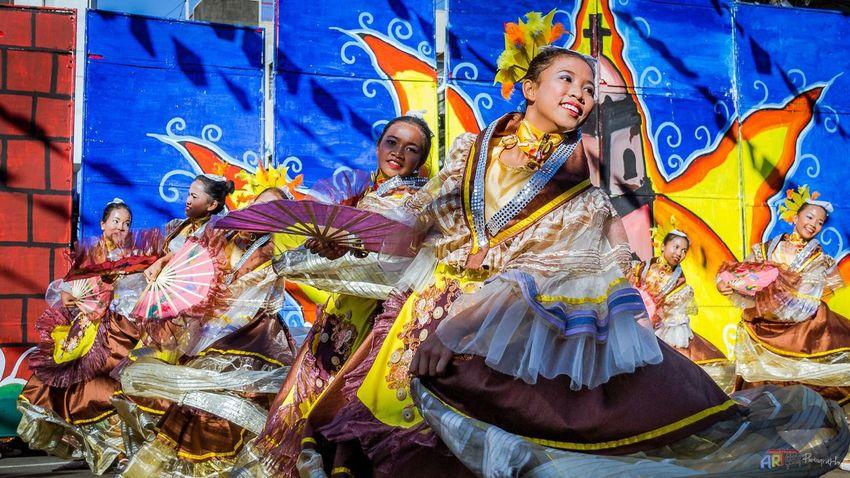 Celebration Pageantry Culture Traditional Clothing Choosephilippines Travelph Dance Young Women Pamulinawen Festival Laoag City Beautiful Ilocosnorte