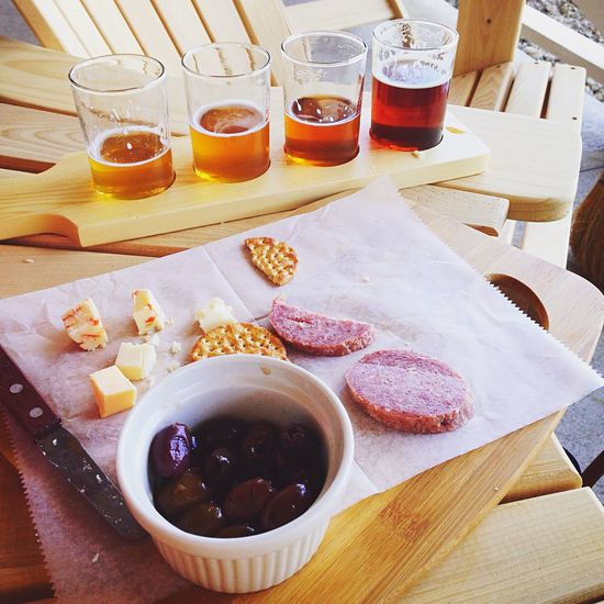 Beer Cheese Plate Relaxing Good Times Fun Alcohol Cheese Delicious Beer Tasting