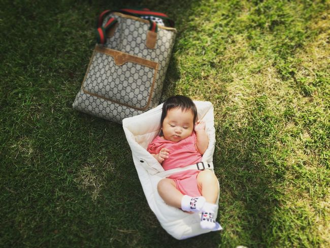 Lawn Green GUCCI Vintage Ergo Basking In The Sun Daughter