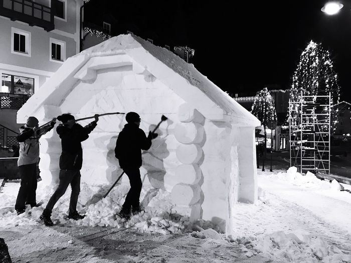Snow Winter Full Length Outdoors Cold Temperature People Adult Day Adults Only Silhouette Sculpture Moena Trentino Alto Adige IPhone 7 IPhoneography Blackandwhite Monochrome Snow Sports The Architect - 2017 EyeEm Awards