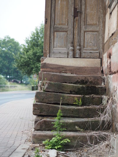 Architecture Built Structure Entrance Ershausen Forgotten Times Lost Places Old Old Buildings Old Door Old Entrance Old Places Old Stairs Surface Level Very Old
