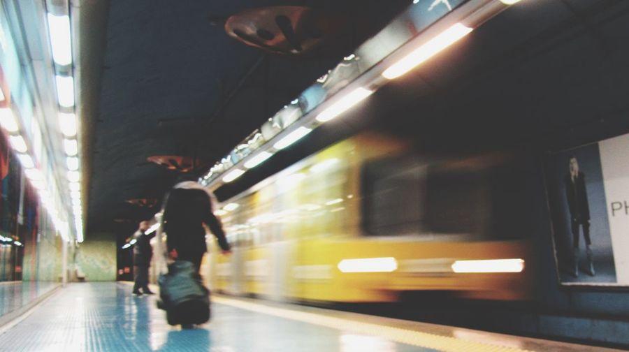 Metro / Metro Metro Station Naples Napoli Train Travel Traveling
