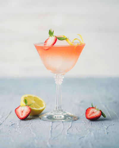 Strawberry Ginger Cocktail Martı Cocktails Mixed Drink Vodka Strawberry Martini Food And Drink Industry Drink Photography Drink Garnish Lemon Cocktail Strawberry Cocktail Craft Cocktail Mixology Close-up Drinking Glass Garnish EyEmNewHere Glass Drink Freshness Fruit Food Food And Drink Cocktail Ginger
