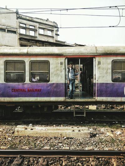Mumbai meri jaan Journey Train Mumbaimerijaan Rail Transportation Public Transportation Railroad Station Platform Railroad Station First Eyeem Photo EyeEmNewHere