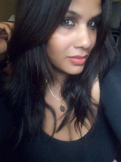 Feeling pretty 💋 Looking At Camera Close-up 💟 Happy