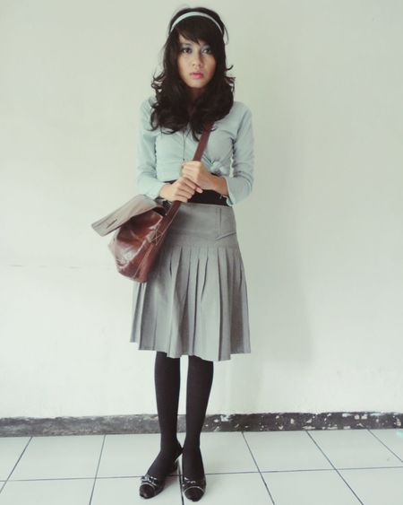 Self Potrait Vintage Fashion Women Shabby