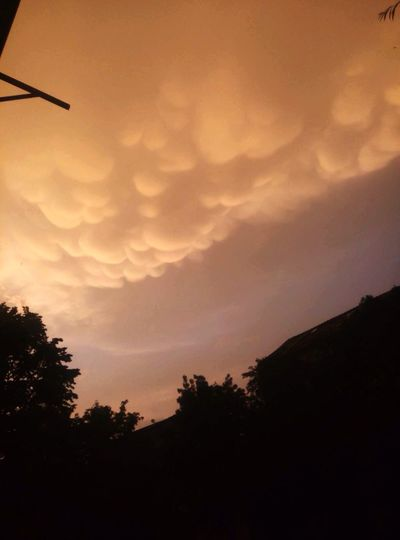 43 Golden Moments Romania Clouds
