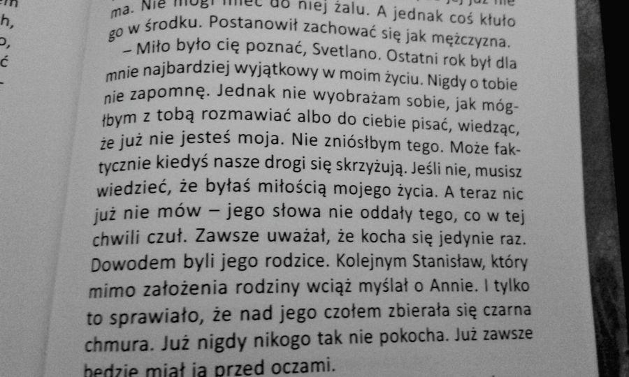 """Book """" Przez Ostatnie 2 Dni Czytalam Ksiazke, Takiego Zakonczenia Niestety Sie Nie Spodziewalam """" ... Księżyc Nad Świtezią ♥ 《piekne slowa》"""