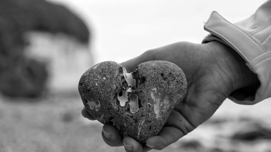 Heart Herzmensch Stone Baltic Sea Rügen Rügen Lovers Germany Mecklenburg-Vorpommern Details Feuerstein hand Focus On Foreground Close-up Person My Hand  Outdoors Ostseeküste Kreidefelsen Focus Object