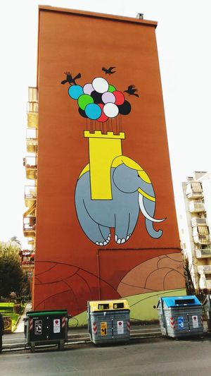 Decorazione Murale Dipinto Murale Palloncini Colorati Outdoors Day Multi Colored No People City