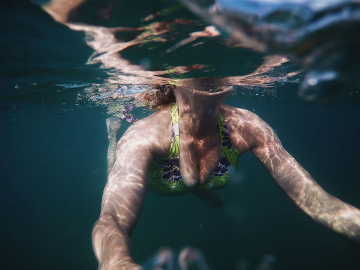 Beauty In Nature Close-up Day Freshness Gopro Human Body Part Human Hand Leisure Activity Lifestyles Low Section Nature One Person Outdoors People Real People Summer Swimming Tropical UnderSea Underwater Vacation Water Young Adult Second Acts EyeEmNewHere