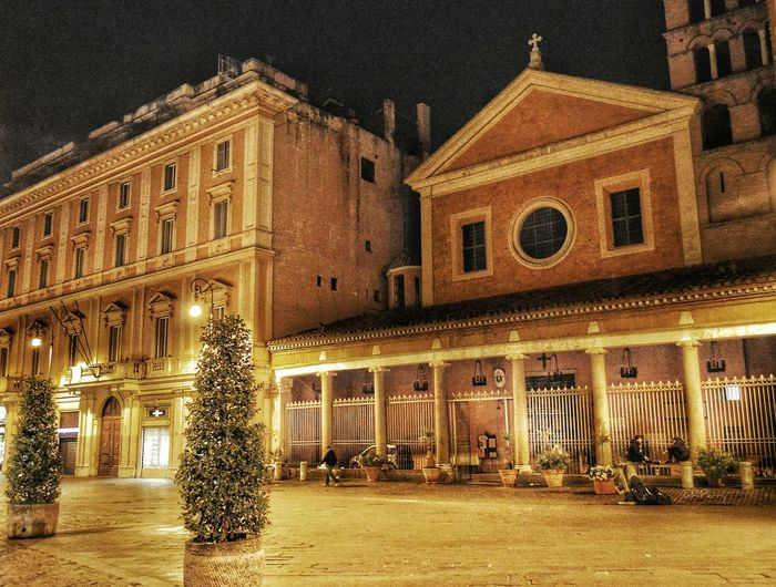 """""""Lorenzo di Notte"""" - Roma Rome Roma Photobydperry Italy Church Chiesa PiazzaEntrance Portal Piazzalorenzoinlucina Architectural Feature Building Exterior Outdoors Place Of Worship Streetphotography"""