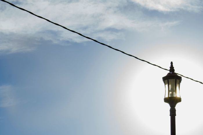 Street Photography Street Art Streetlights Streetlamps Streetlight Streetlamp Streetlighting Streetlight Shooting Lamp Lamps Lamplight Blue Sky Backgrounds Backlight Backlighting Backlights Sun Light Sun Big Sun Sun Behind Sun In The Sky Wallpaper Urban Art Artistic Photo Perfect