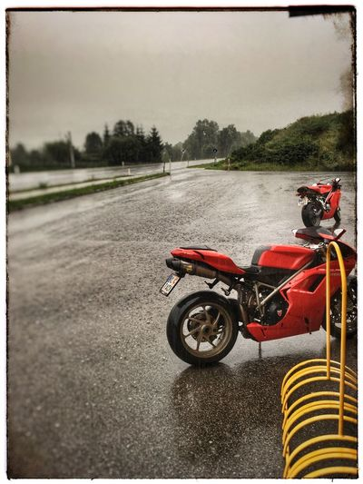 Motorcycle Motorcycle Kärnten Austria Ducati Ducati1198 Rain Raindrops