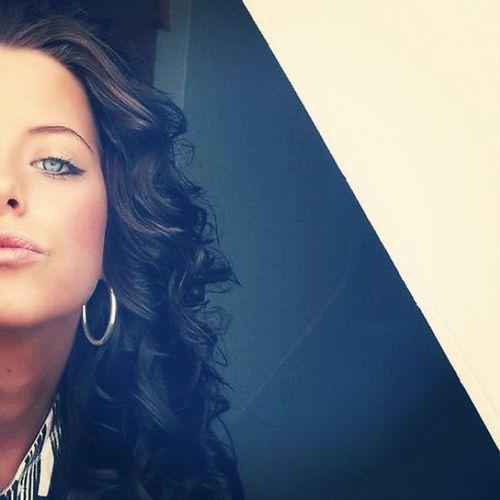 Summertime Girl Kiss Curls