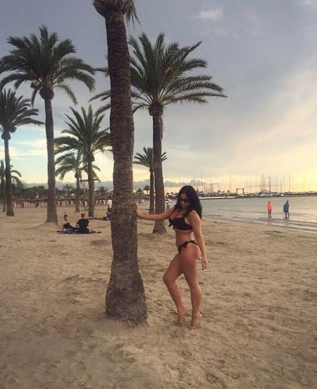Palm Tree Beach Vacations Sand Tree Sea Shirtless Leisure Activity Real People Sky Full Length Nature Lifestyles Water Beauty In Nature Summer Scenics Outdoors Tree Trunk Men