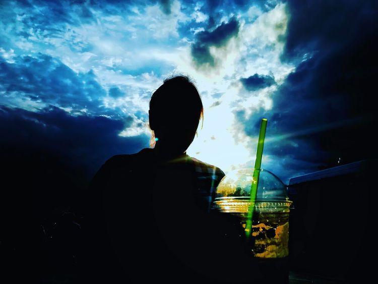 Zdjęcianiespodziewane Huawei Polska Niebo Niebieski Blue Blue Sky Toruń Popular Music Concert Men Silhouette Sky Cloud - Sky HUAWEI Photo Award: After Dark Summer In The City #urbanana: The Urban Playground My Best Travel Photo