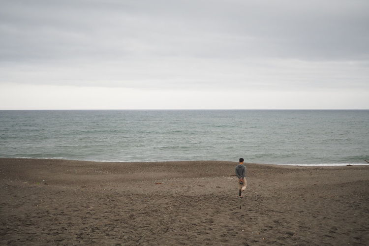 Adult Adults Only Beach Cloud - Sky Day Full Length Horizon Over Water Nature One Person One Woman Only Only Women Outdoors People Rear View Scenics Sea Sky Water