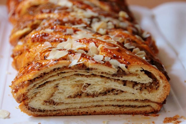 Nuss Nuts Cake Nußstriezel Cake Kuchen Kuchenliebe Homemade Backen Sweet Food No Healthy Food And Drink Food Baked No People Freshness Ready-to-eat Indoors  Close-up Sweet Pie Serving Size Food Stories