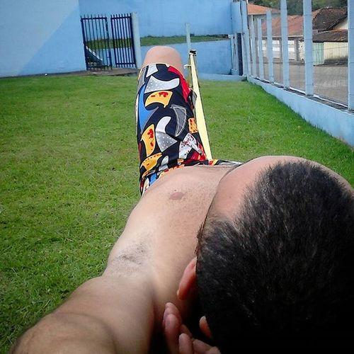 Final do dia um rolê bem solto pra relaxar. .. . . . . . Slacklife Slackline Slackvida Equilibrionavida Canaloff Slacker Vcnooff Cachu Tocosdomoji Minasgerais Turismomg Trilhas Nature Brasil