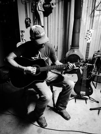 Guitar Electric Guitar Guitarist Jam Session Lifestyles Arts Culture And Entertainment Rock Music Nightlife Performance Overnight Success TakeoverMusic Young Adult People And Places Modern Rock My Year My View Blackandwhite Music Brings Us Together Hobbies Musical Instrument String Musician Person My Favorite Place Musical Instrument Acoustic Guitar Acoustic Uniqueness TCPM The Portraitist - 2017 EyeEm Awards