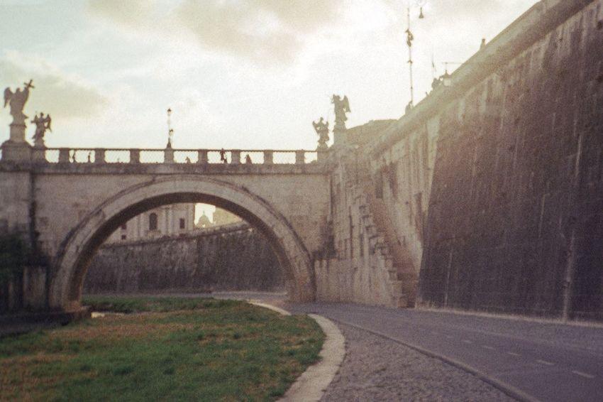 Walking along the Tevere Along The Tevere Rome Roma Castle Sant'angelo 007 Tevere Bridge James Bond River