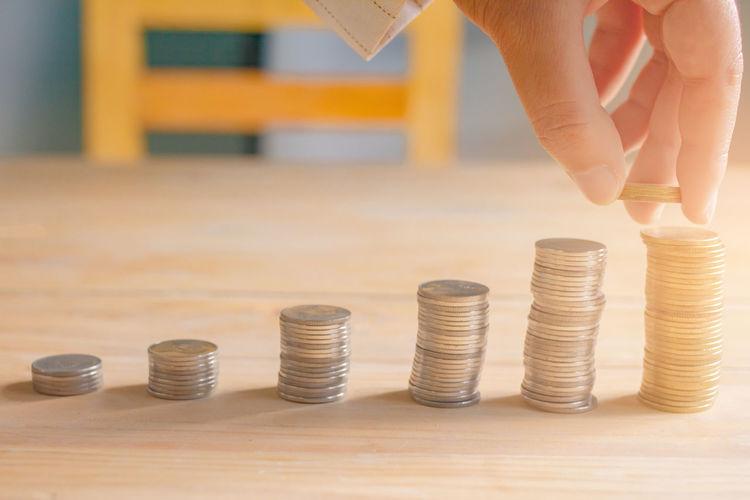 Handles coins