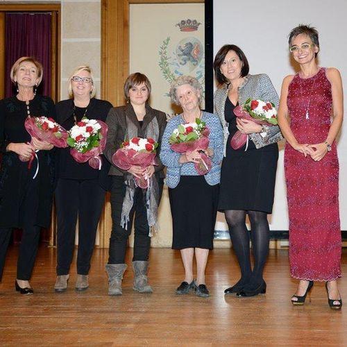 Ewmdpremio bella serata e Amaliaercolifinzi la mamma di Rosetta strepitosa!